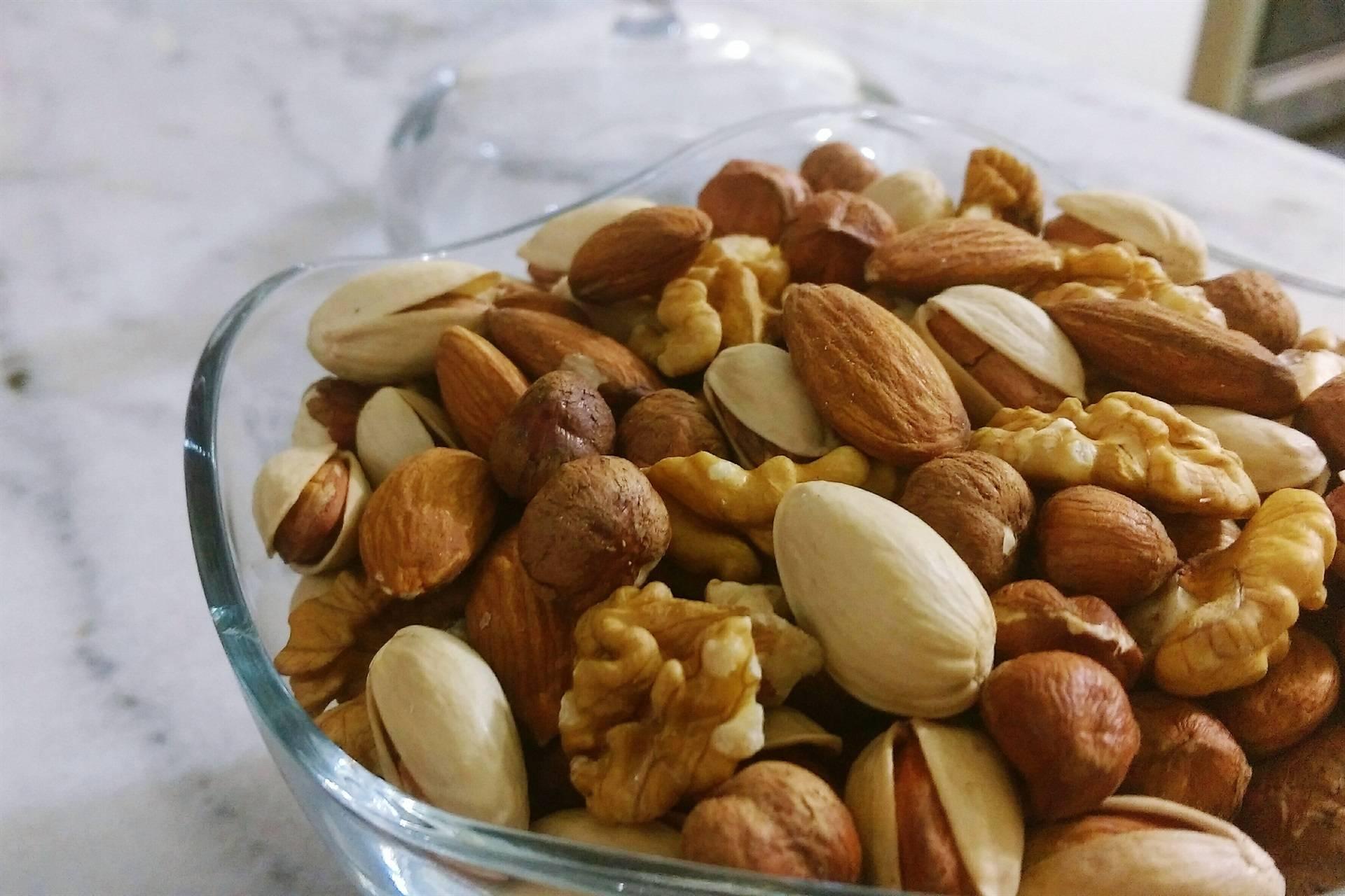 Как выбрать грецкий орех в скорлупе или очищенный, инфографика - орех эксперт