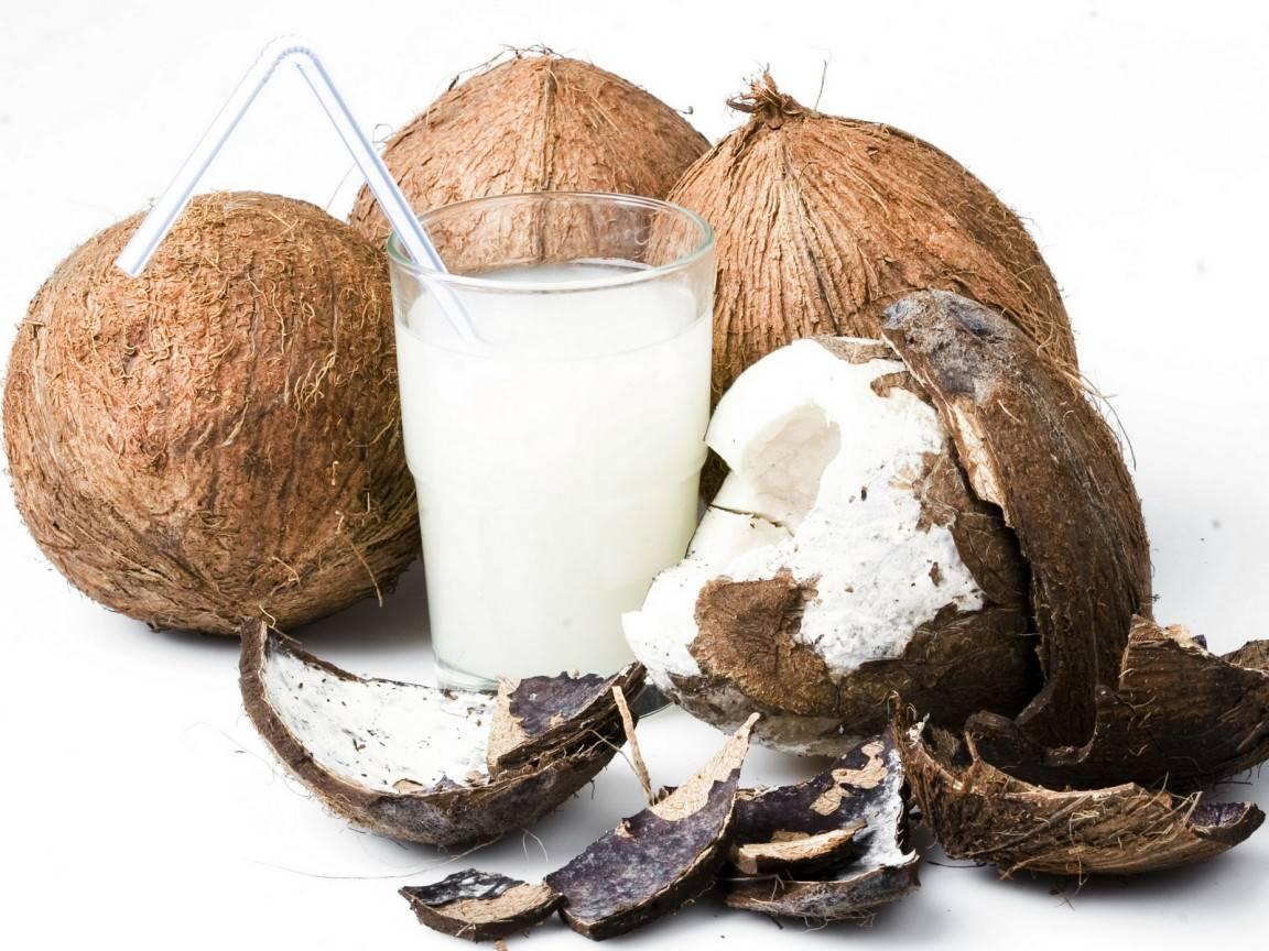 Как выбирать, чистить и хранить кокос
