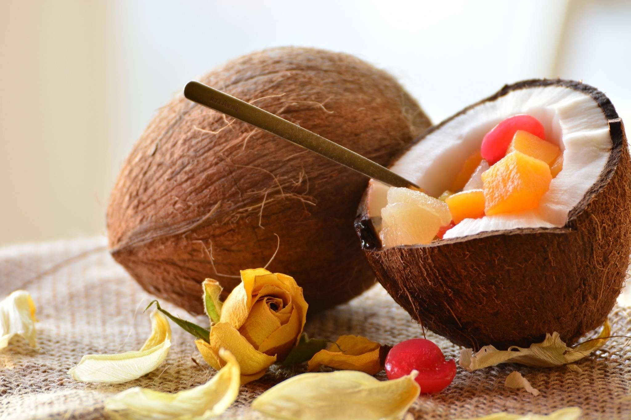 Кокос: польза и вред тропической костянки