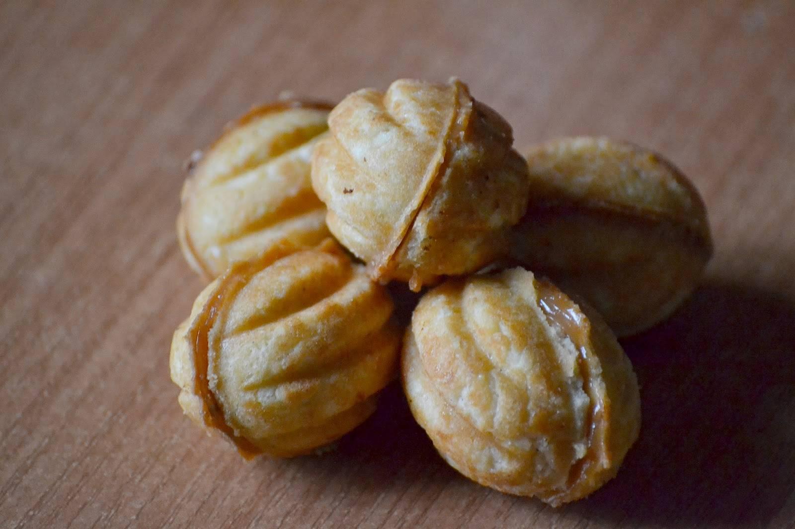 Орешки со сгущенкой в орешнице на газу рецепт с фото пошагово и видео - 1000.menu