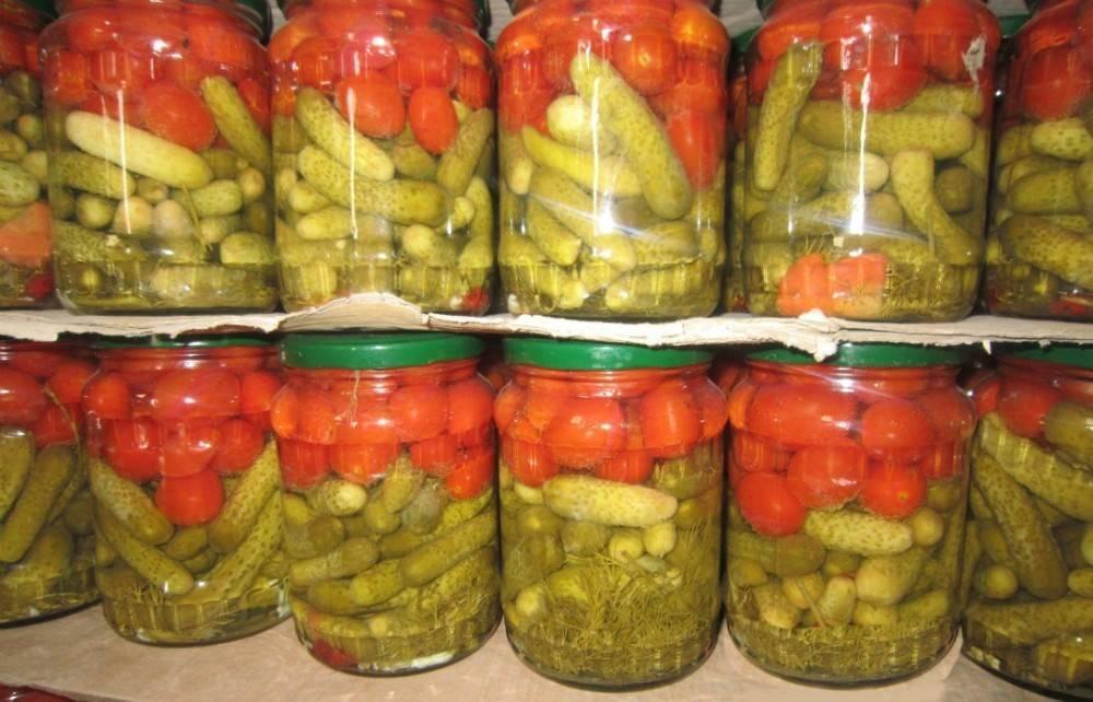 Ассорти из огурцов и помидоров на зиму — самые вкусные рецепты