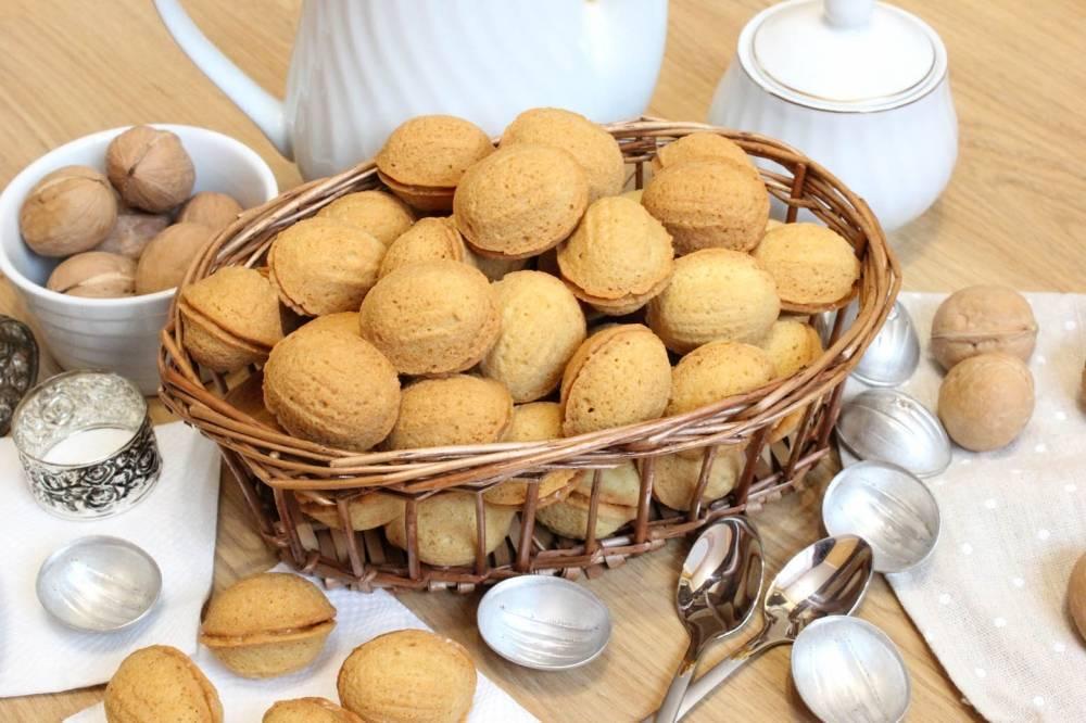 Орешки со сгущенкой — 4 классических рецептов