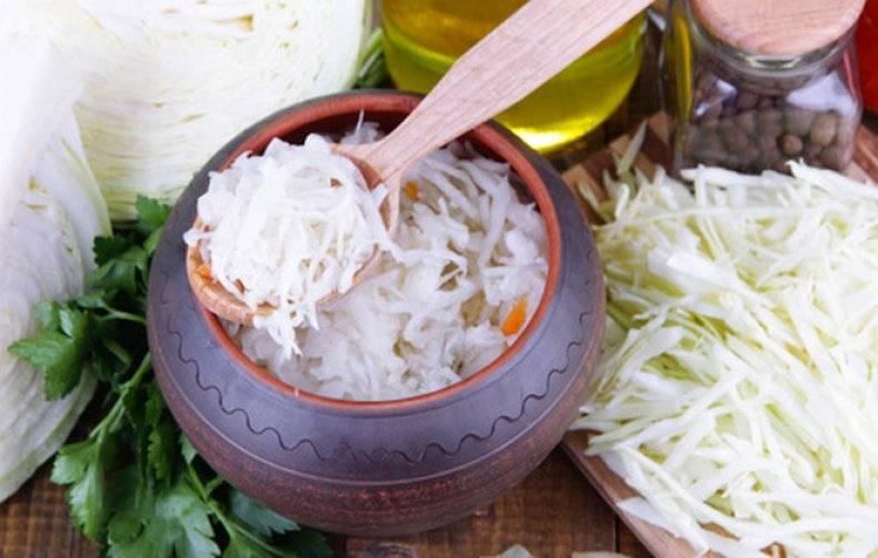 Маринованная капуста с хреном быстрого приготовления - 10 пошаговых фото в рецепте