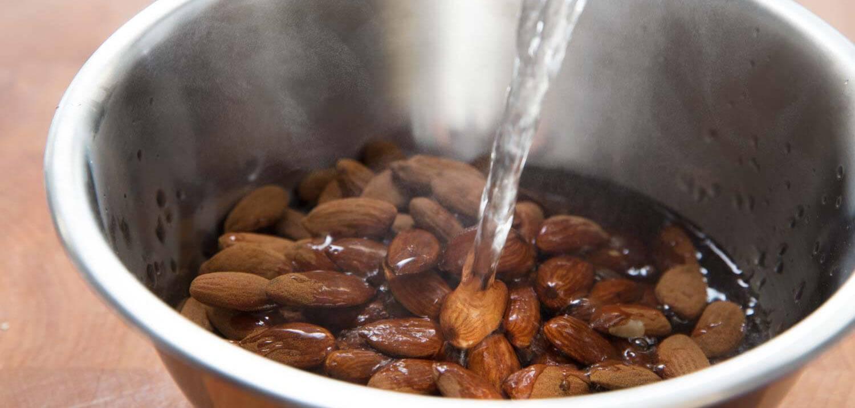 В чем вред орехов и как их обрабатывать | пути к здоровью