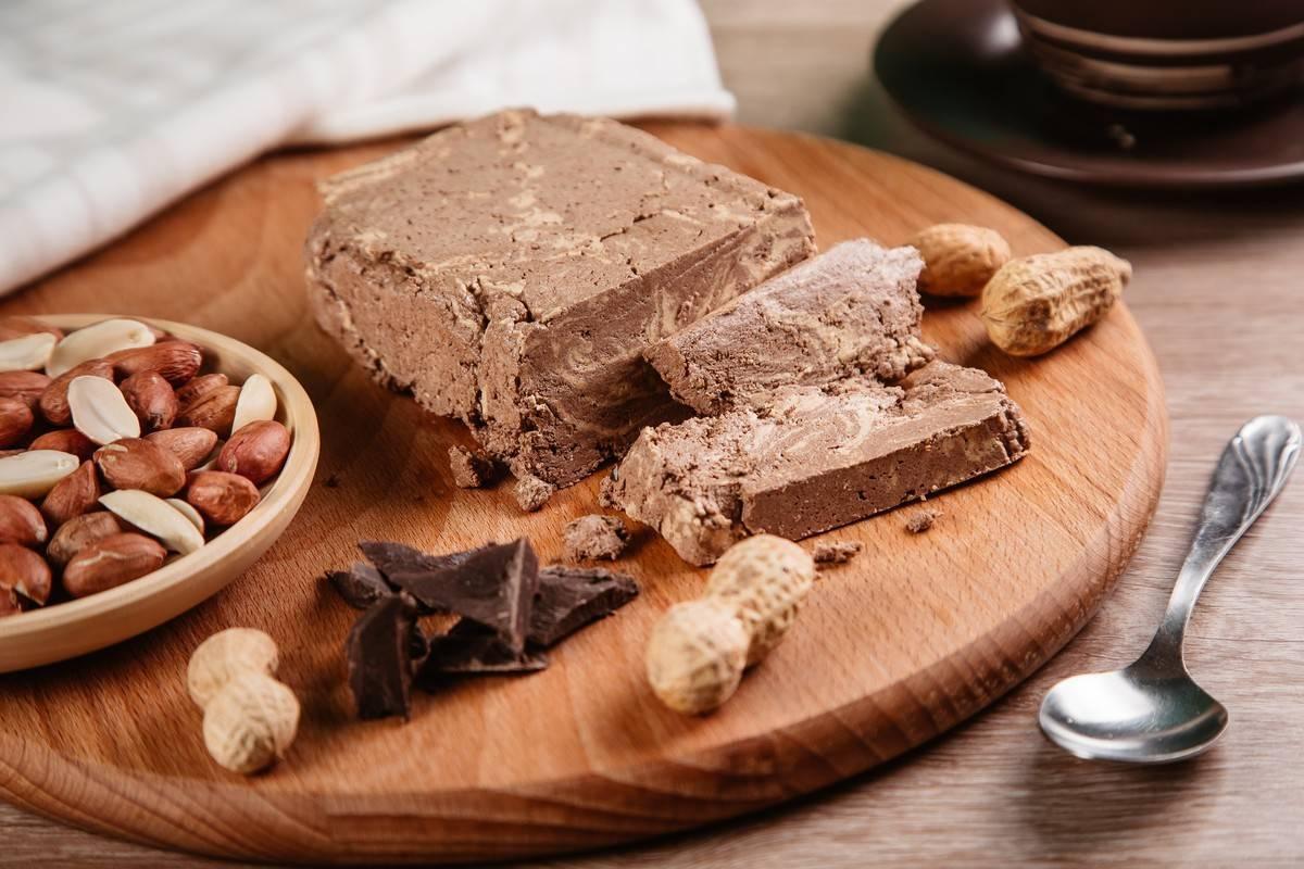 Арахисовая халва: польза и вред, рецепт, калорийность, состав