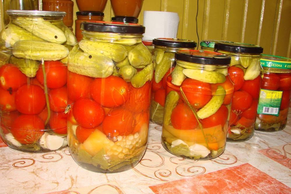 Ассорти из помидор и огурцов – самые вкусные рецепты с фото (8 вариантов)