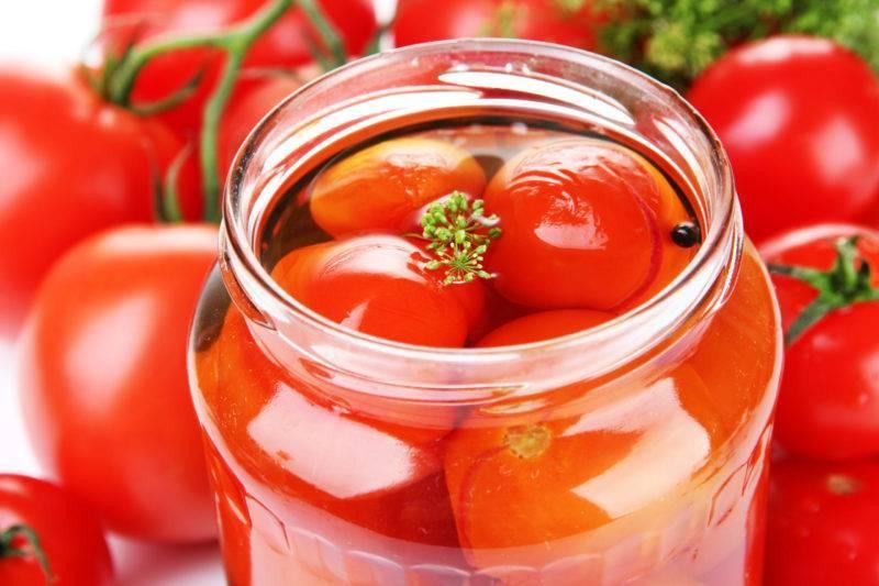 Огурцы помидоры в соке красной смородины