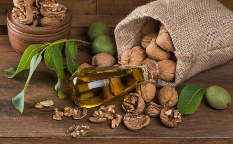 Масло грецкого ореха - полезные свойства и противопоказания. как принимать масло грецкого ореха для здоровья