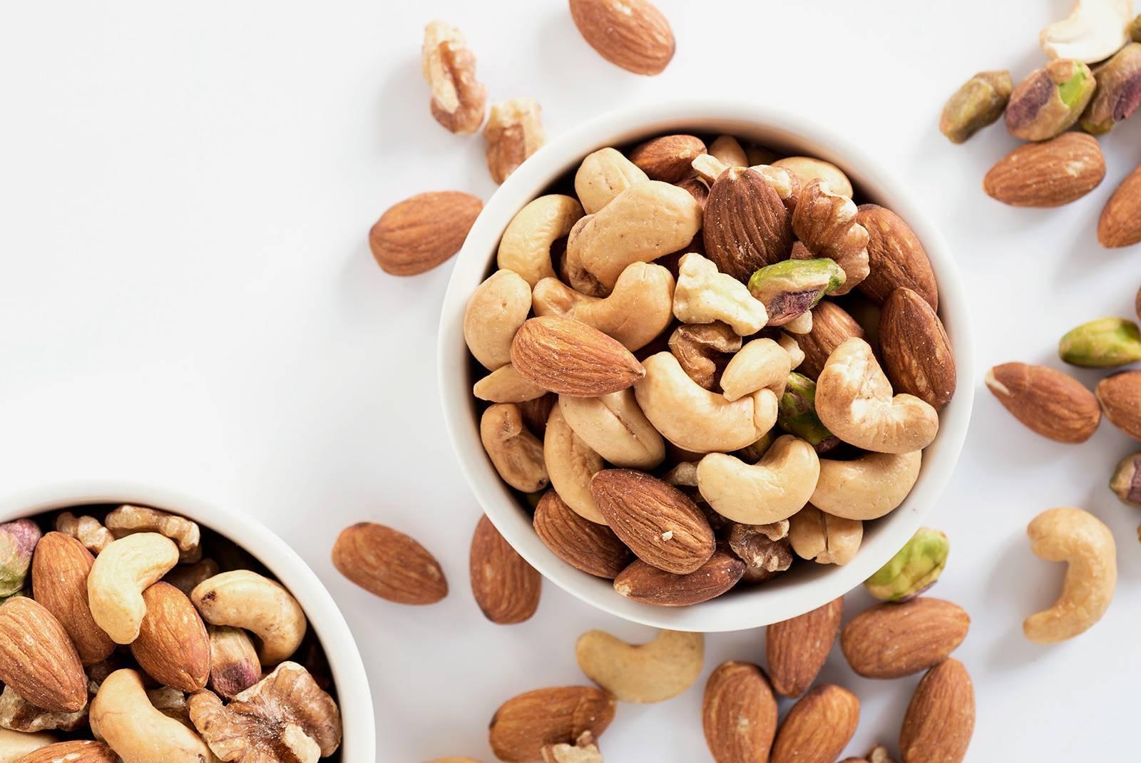 Какие орехи можно кушать пациентам при гастрите различной кислотности? - лечим всё