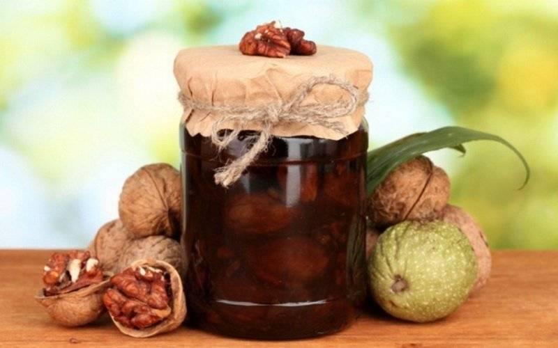 Чем полезно варенье из грецких орехов — 8 свойств