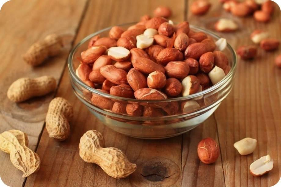 6 видов орехов, которые рекомендуют употреблять при похудении, и можно ли есть продукт на ночь?