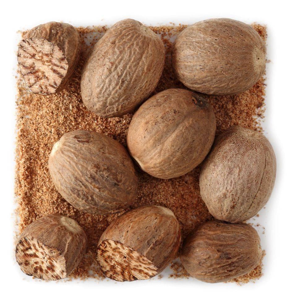 Мускатный орех - полезные свойства, применение в кулинарии, рецепты
