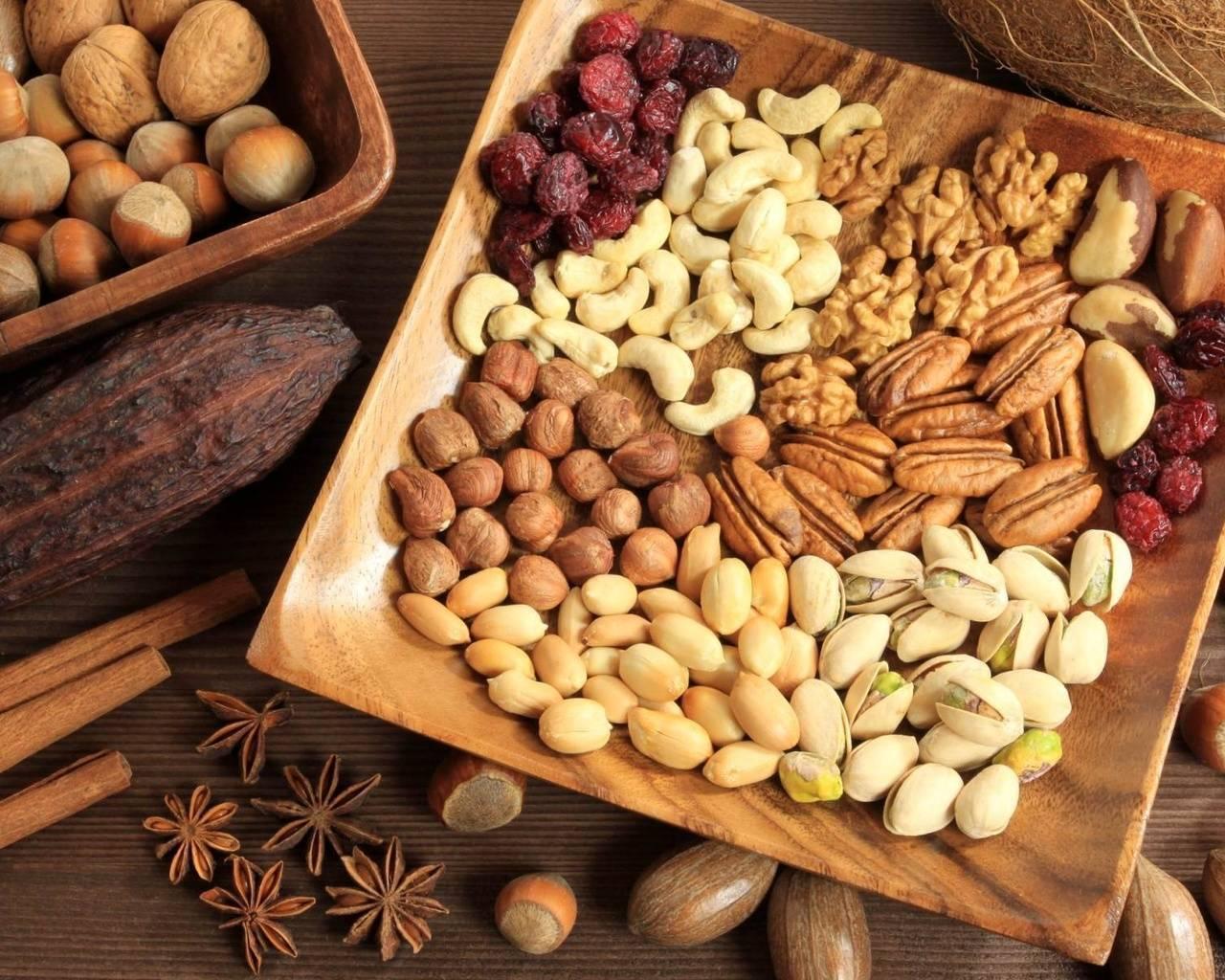 Фисташки: польза и вред, состав и калорийность