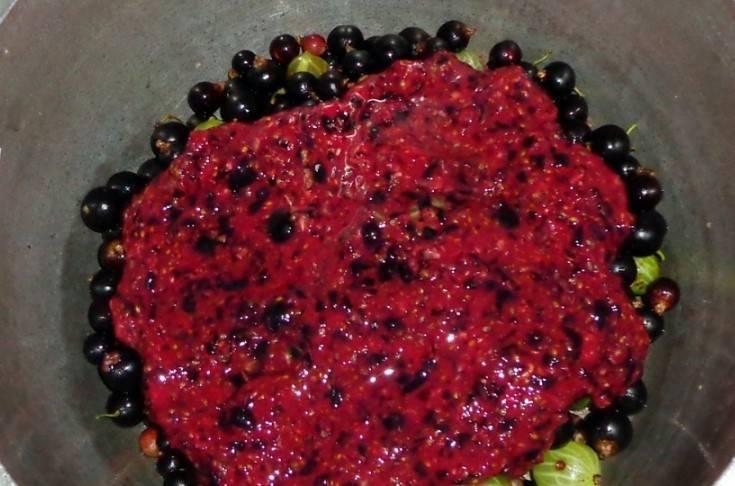 Джем из черной смородины на зиму - 5 простых рецептов