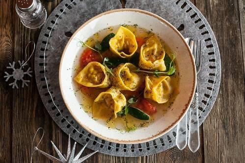 Тортелини с тыквой и ореховым соусом от Эктора Хименес-Браво