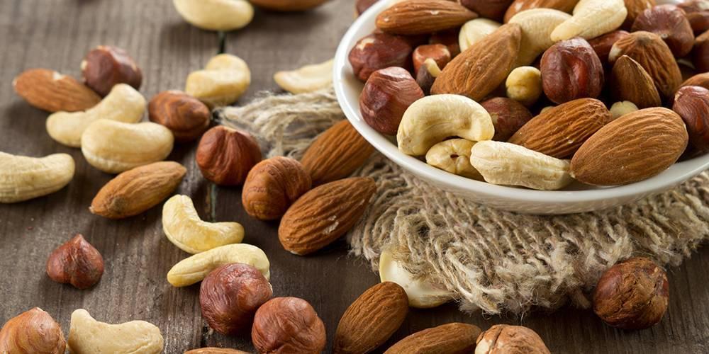 Орехи: польза и вред