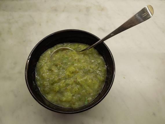Чесночный соус на зиму. соус из чесночных стрелок. лучшие рецепты с фото