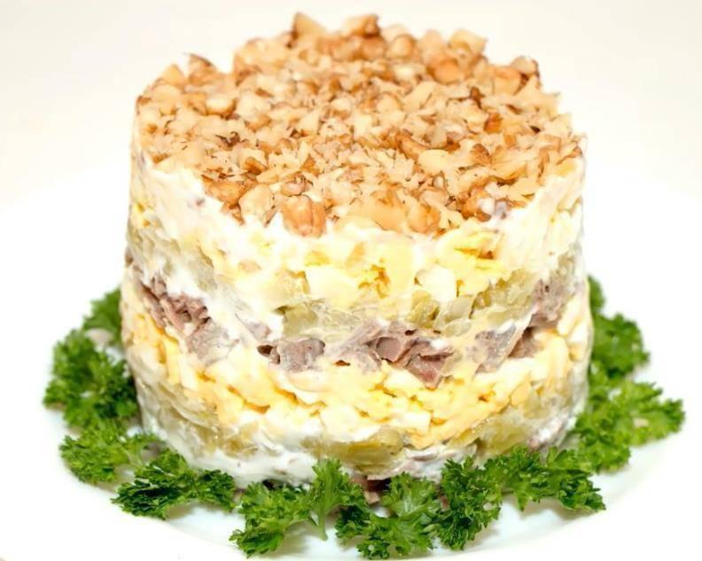 Салат черепашка с курицей и грецкими орехами рецепт с фото пошагово - 1000.menu