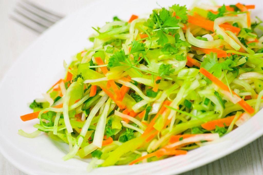 Освежающий легкий салат из редьки и моркови. лучшие варианты диетического салата из редьки и моркови с разными заправками