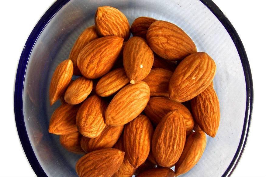 Чем полезен миндаль. чем полезны орехи: грецкий, фундук, кешью, миндаль