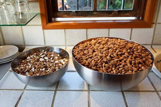 Как сушить грецкие орехи: поможем вам сделать все правильно!