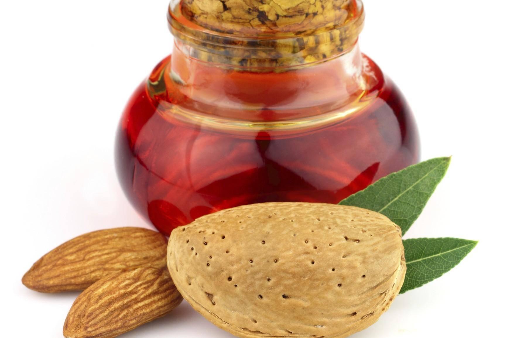 Неповторимое миндальное масло для кожи лица: польза, вред и способы применения