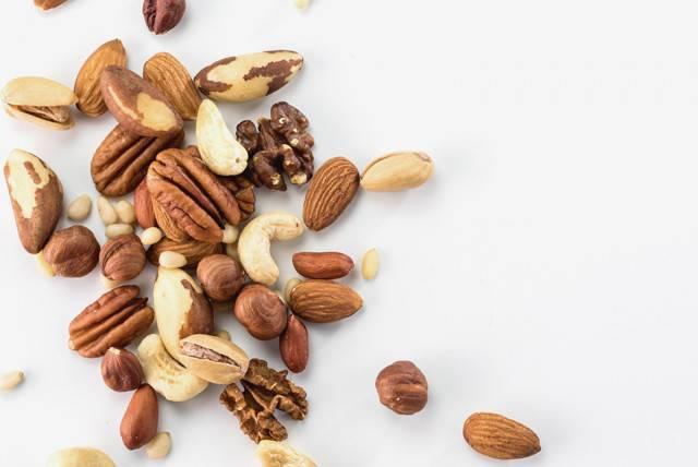 Орехи при воспалении поджелудочной железы