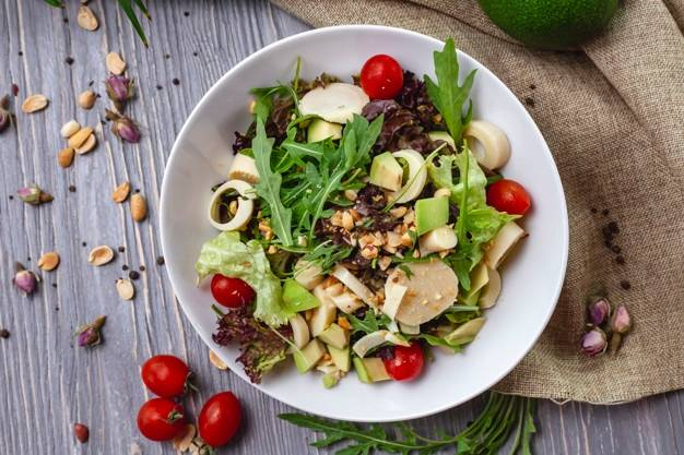 Рецепты салатов с арахисом.