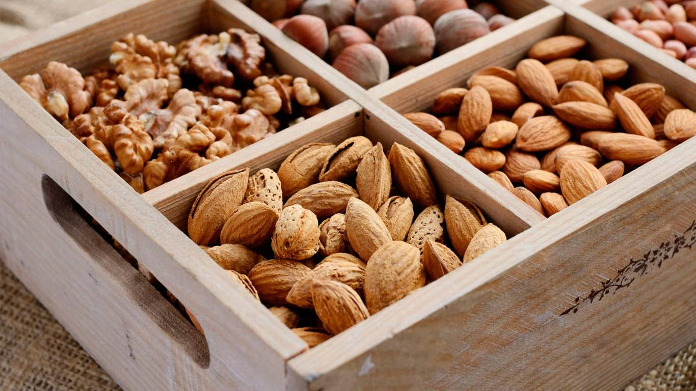 Как хранить грецкие орехи в домашних условиях; очищенные, в скорлупе