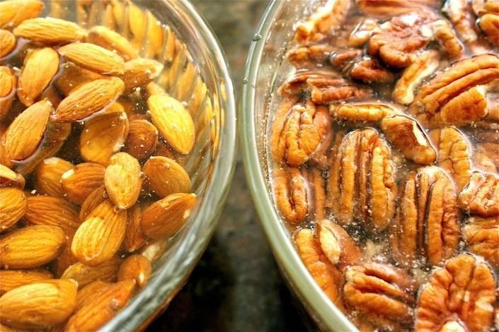 Как и зачем замачивать орехи перед употреблением. почему нужно замачивать орехи перед употреблением?