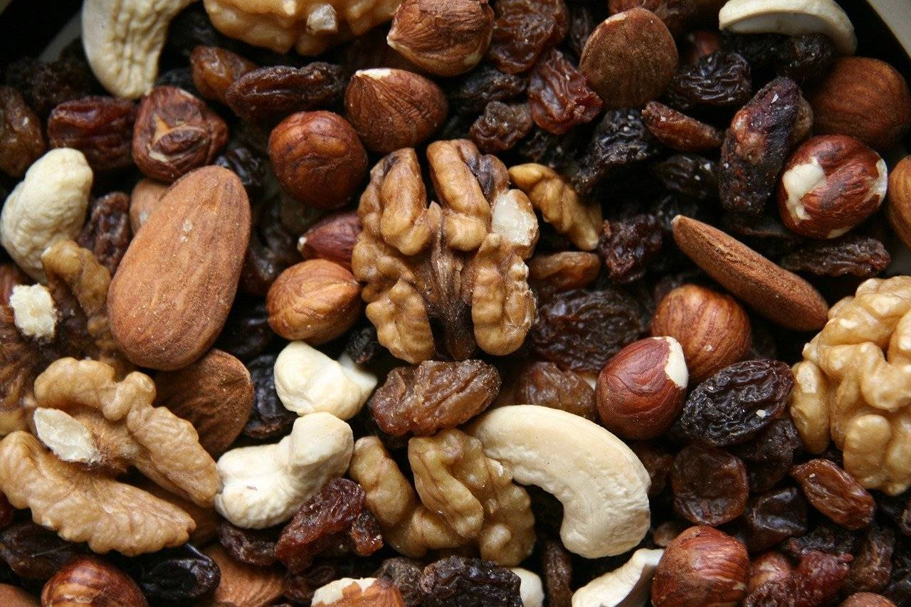 8 самых полезных орехов для мужчин