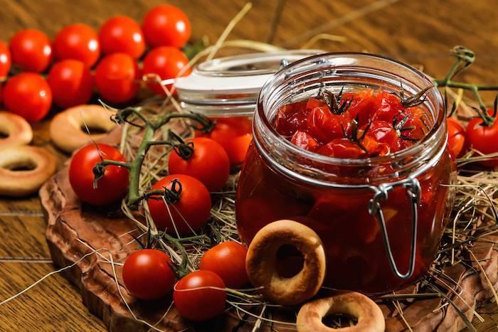 Сладкие помидоры на зиму: с медом, виноградом, яблочным, арбузным или ягодным соком. оригинальные рецепты сладких помидоров на зиму