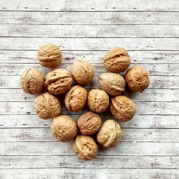 Как хранить грецкие орехи в домашних условиях