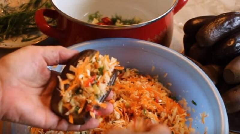 Полезные рецепты заготовок на зиму: квашеные баклажаны, фаршированные морковью, чесноком и прочими овощами