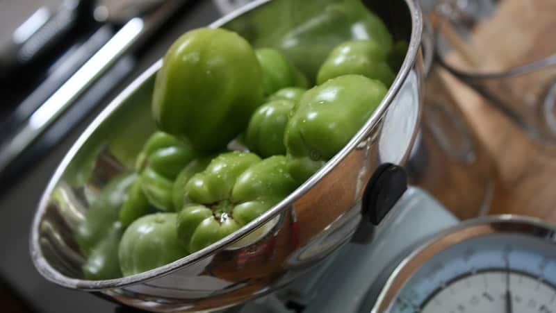 Своеобразный метод засолки в ведре: преимущества метода, рецепты приготовления