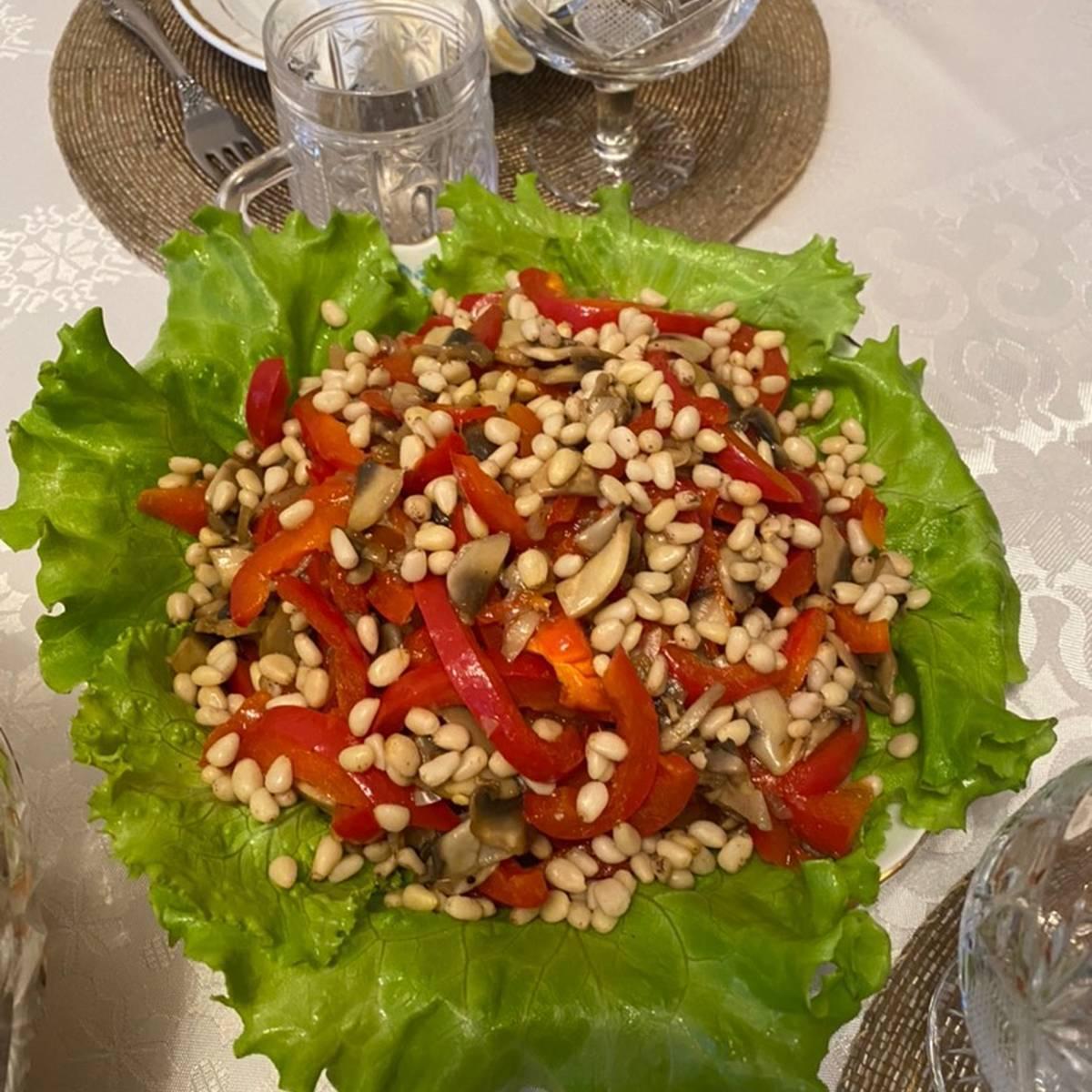 Рецепты салат с кедровыми орешками
