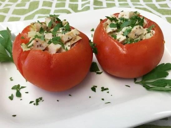 Фаршированные помидоры с фаршем и рисом в духовке