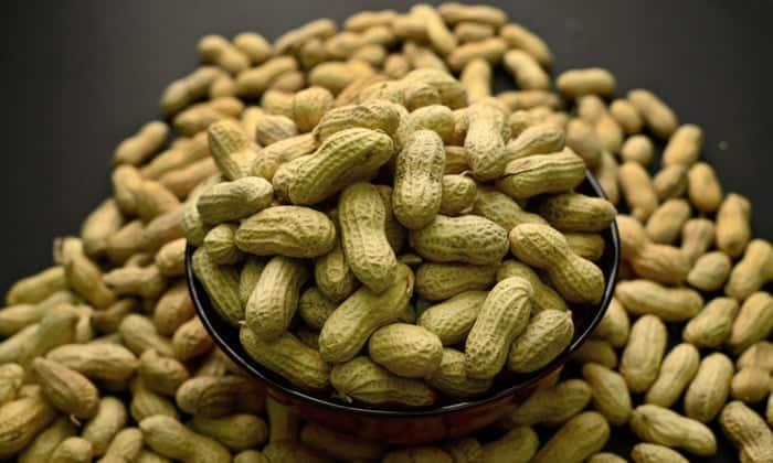 Можно ли есть арахис при диабете 1 и 2 типа или нет? польза, вред и особенности употребления