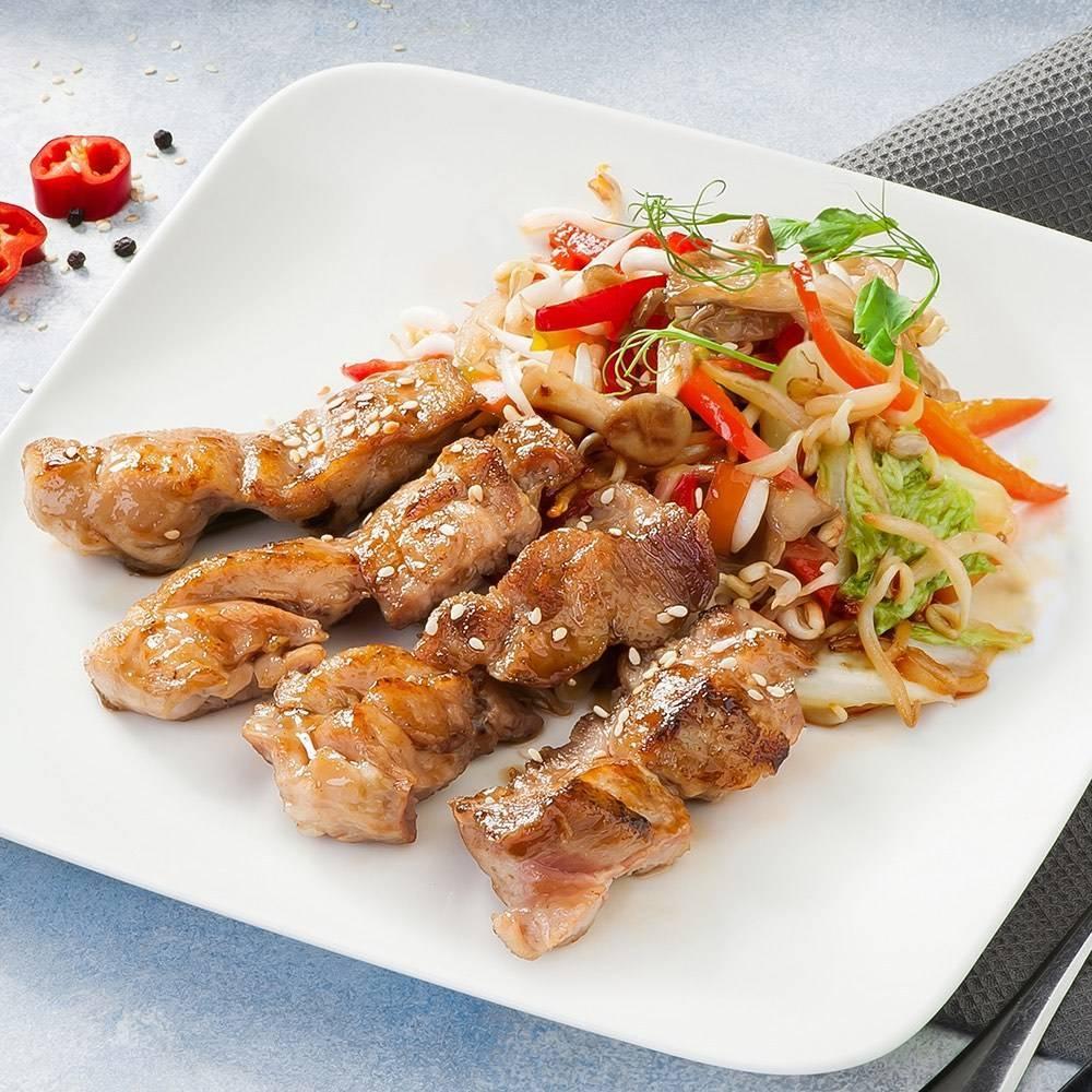 Фунчоза с курицей и соусом терияки – кулинарный рецепт
