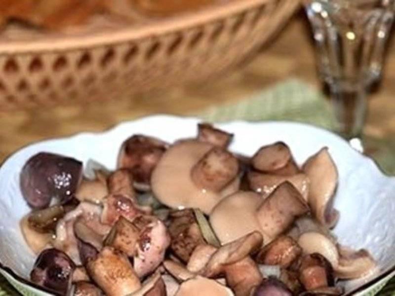 Как солить маслята на зиму в банках: простые рецепты пошагово с фото