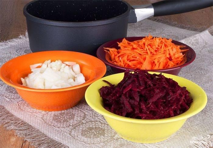Салат из сырой свеклы и сырой моркови: ингредиенты, рецепт с фото, особенности приготовления