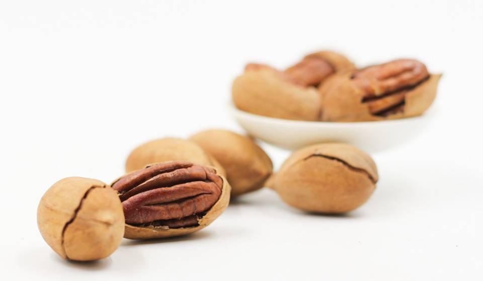 Орехи пекан: польза и вред для женщин, противопоказания, нормы