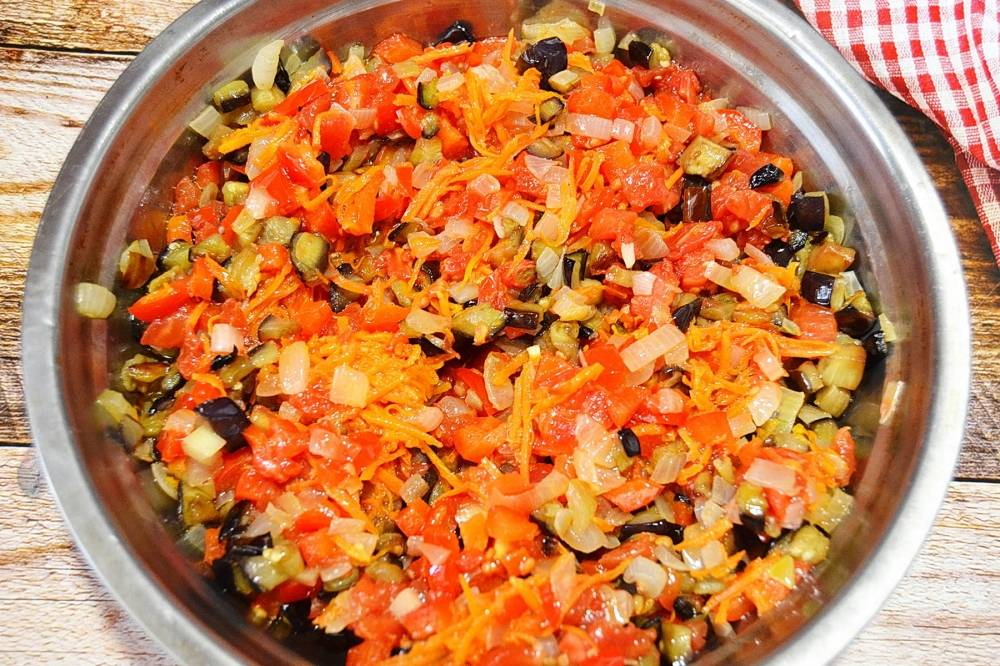 Икра овощная из молодых баклажанов рецепт. самая вкусная баклажанная икра (на зиму)