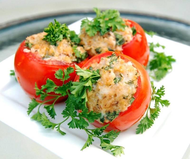 Фаршированные помидоры - 19 рецептов приготовления пошагово - 1000.menu