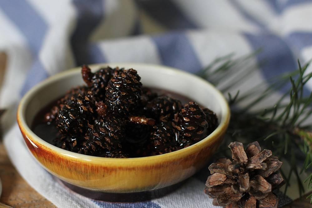 Варенье изшишек сосны: при каких болезнях полезно исколько ложек можно съесть