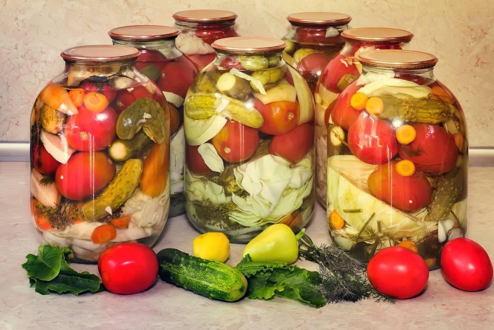 Маринованное ассорти из овощей на зиму: самые вкусные рецепты с фото