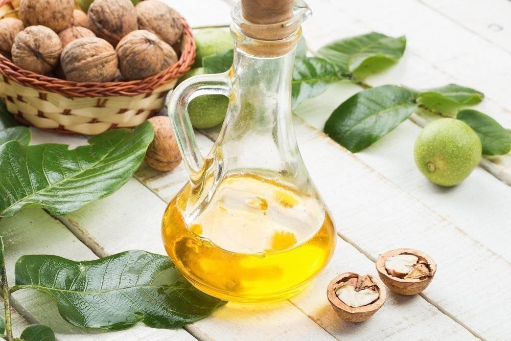 Масло грецкого ореха: польза и вред для здоровья