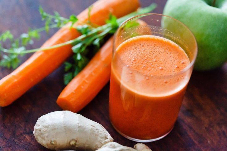 Яблоки с морковью и сахаром