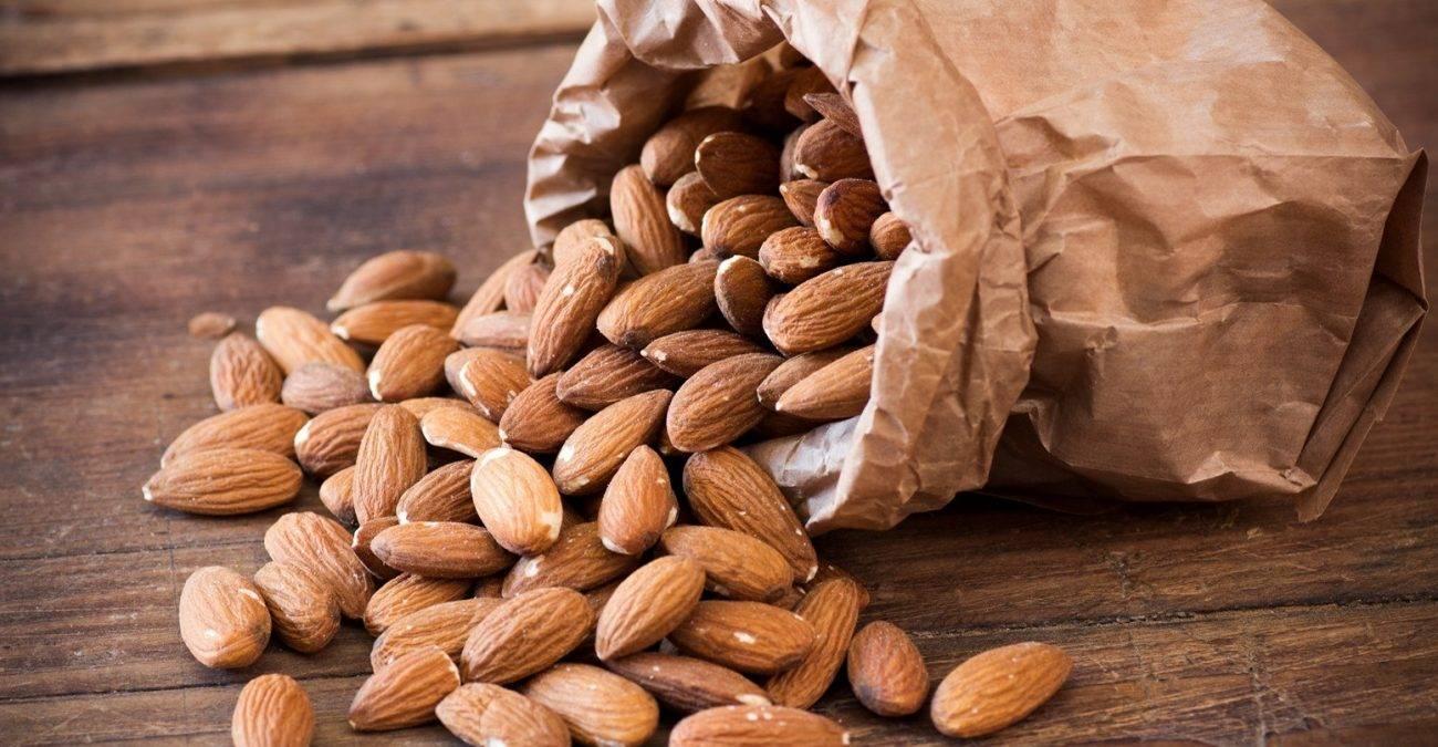 Орехи миндаль: польза и вред