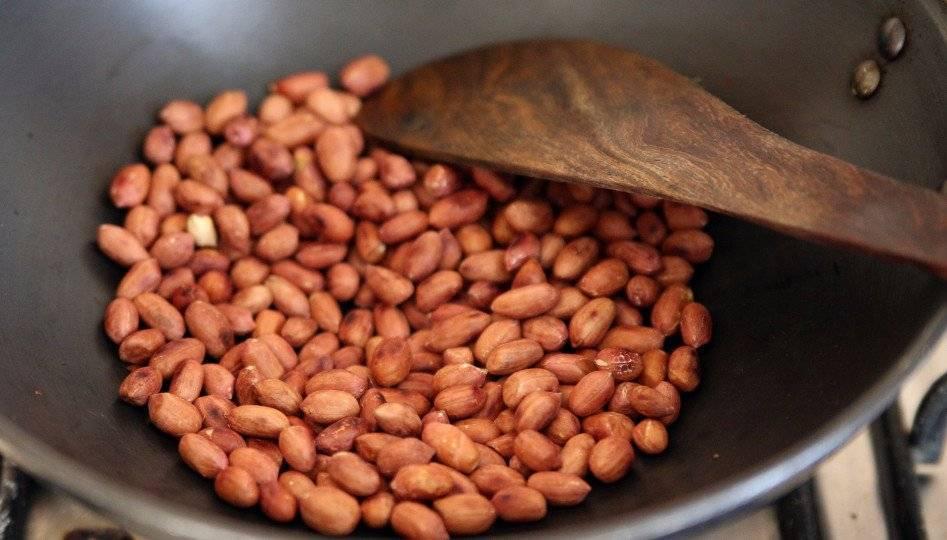 Макадамия при сахарном диабете: можно ли употреблять орех при заболевании 1-го и 2-го типа, а также польза, вред и противопоказания